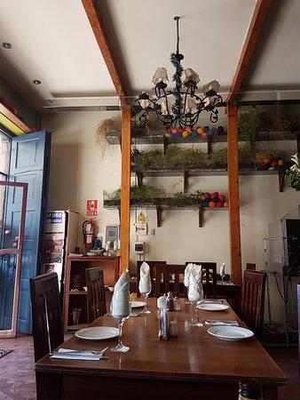 Kushka Fe : Restaurante