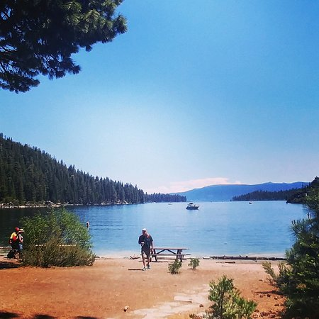 Lake Tahoe Vacation Resort: Close to resort