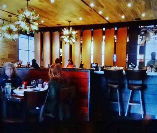 Travelers Inn Winston Salem Nc: Red Robin Gourmet Burgers, Winston Salem