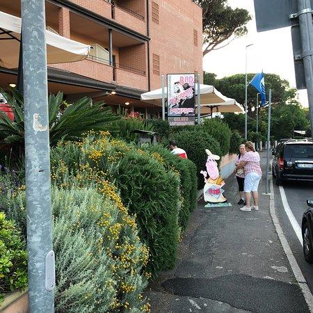 Foto de Ristorante Pizzeria Riva Dei Cavalleggeri