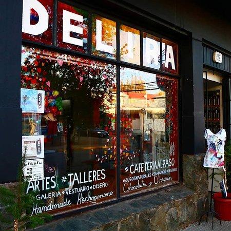 Coyhaique, Chile: La tienda Delira por fuera