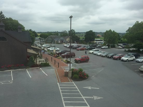 Inn at Kitchen Kettle Village: View from the room