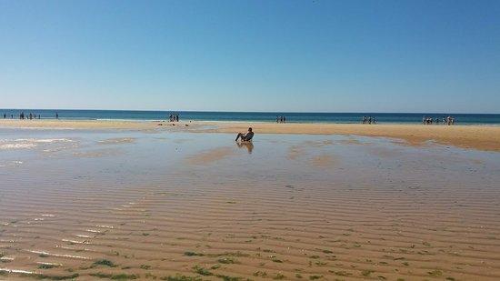 Altura, Portugal: Mar´é baixa na Praia da Alagoa