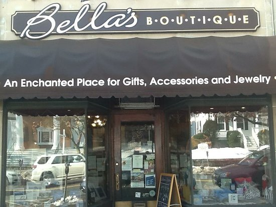 ‪Bella's Boutique‬