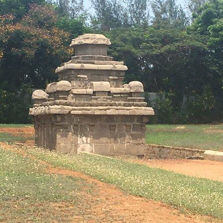 Mukunda Nayanar Temple