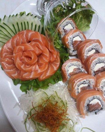 Maravilha: Sashimi+Uramaki Especial01