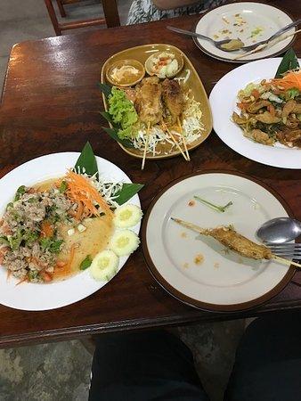 Ban Thong Sala, Thailand: Small selection