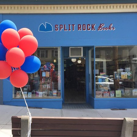 Cold Spring, NY: Storefront on opening day!