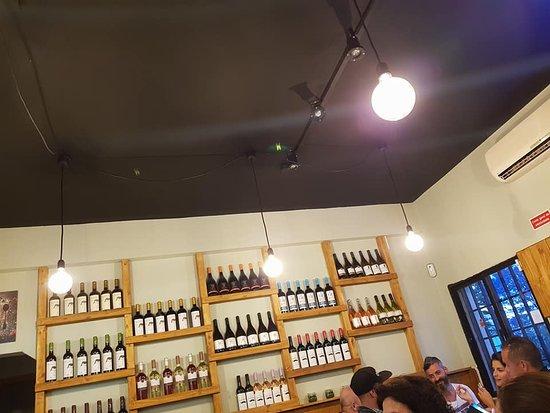 Faro District, Portugalia: Boa seleção de vinhos.