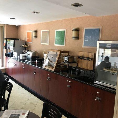 Red Lion Inn & Suites Long Island City: photo0.jpg