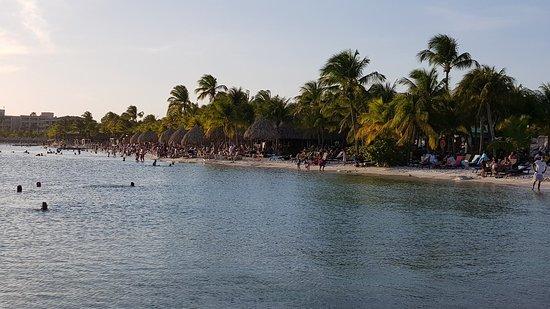 Lions Dive & Beach Resort Curacao: 20180527_180710_large.jpg