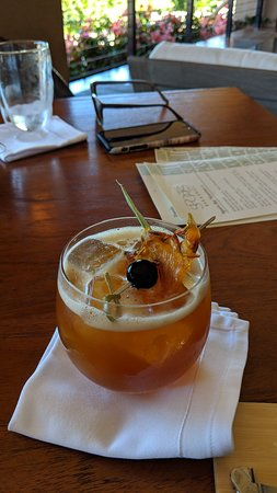 The Sports Bar & Grill: Killer cocktails. Jackie knows her stuff!