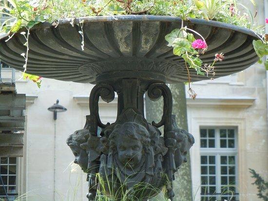 Fontaine du square Marcel Pagnol