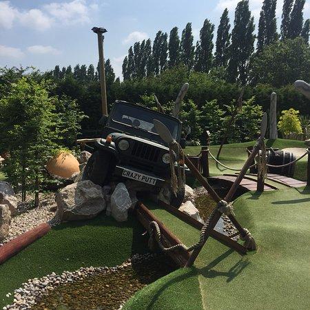 Crazy Putt Adventure Golf