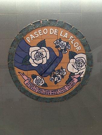 Selena Memorial-Mirador De La Flor : Below the memorial some beautiful art about our Mirador De La Flor