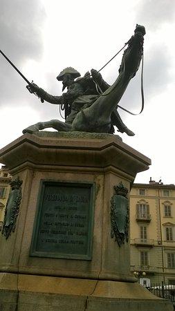 Monumento a Ferdinando di Savoia Duca di Genova