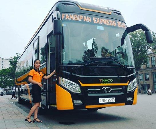 Fansipan Express Sapa Bus