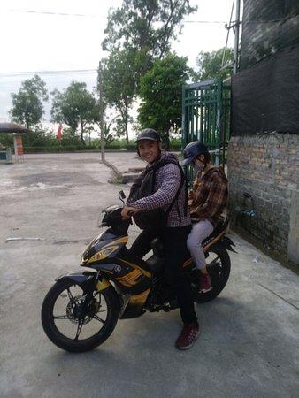 Ninh Thang, Wietnam: tam coc motorbike repair central