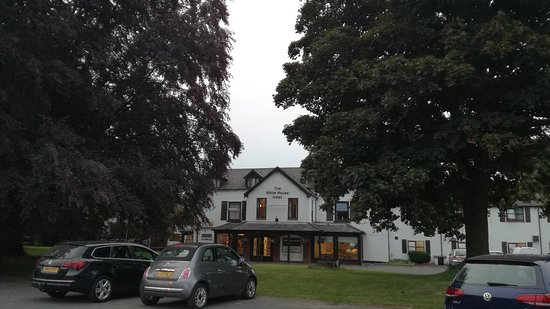 The White House Hotel and Restaurant: IMG_20180613_211504_large.jpg