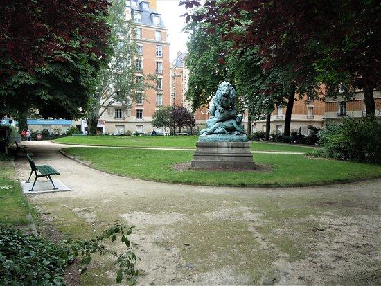 Square Cambronne