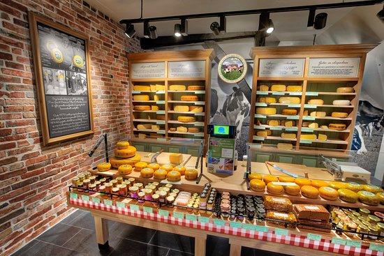 Werkhoven, Países Baixos: Kaaswinkel Kaasboerderij De Ossenwaard