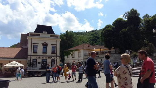 Borsod-Abauj-Zemplen County, Węgry: Fő tér