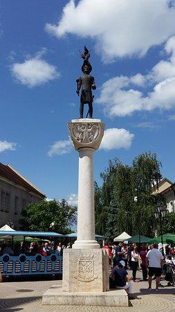 Borsod-Abauj-Zemplen County, Węgry: Szent István szobor