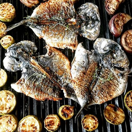 Igalo, Montenegro: Grilled seafood