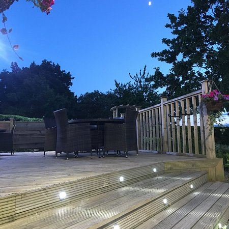 Tipperary Inn: Nice outdoor area