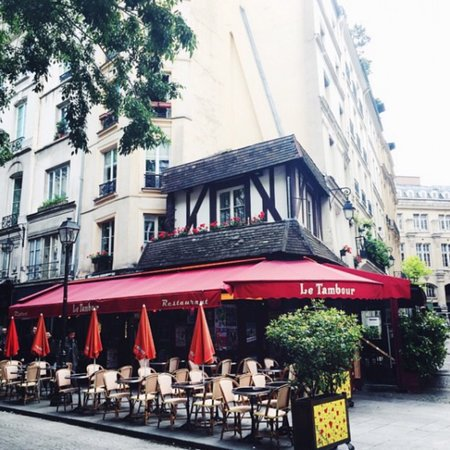 Le Tambour Restaurant