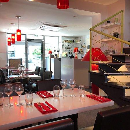 Restaurant Saumur Rue Du Marechal Leclerc