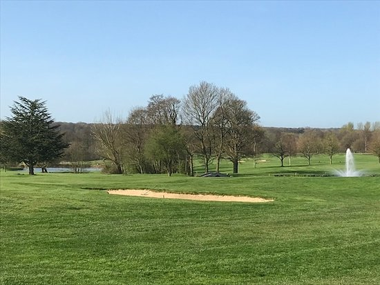 Gosfield Lake Golf Club