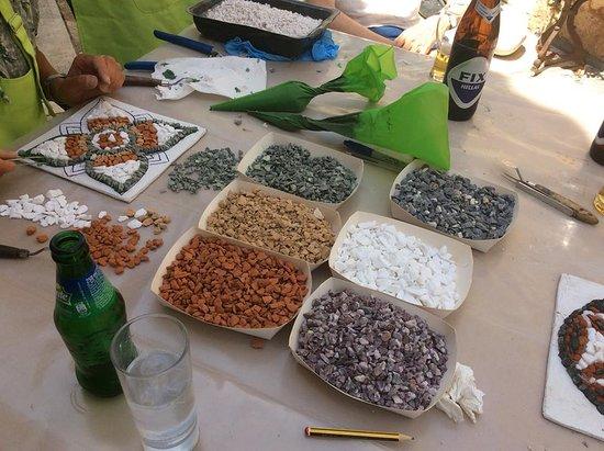 Ξυροκάμπι, Ελλάδα: Selection of naturally coloured stones for mosaics.