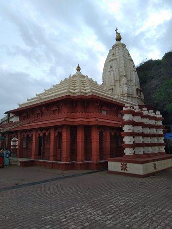 Swayambhu Ganpati Temple: IMG-20180612-WA0015_large.jpg