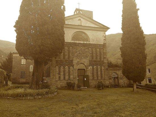 Abbazia di Sant'Andrea: il sagrato