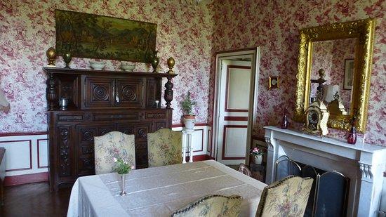 Deux-Chaises, Frankreich: Salon