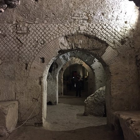 Underground Naples: photo1.jpg