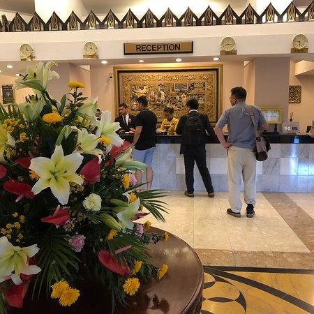 Summit Parkview Hotel: photo1.jpg