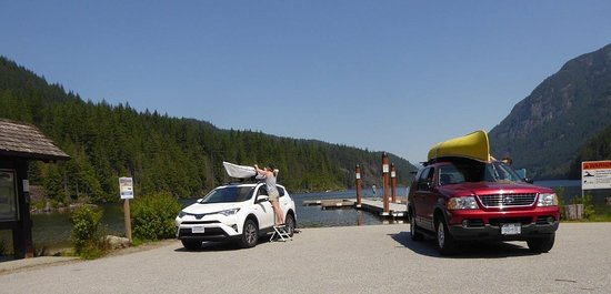 Anmore, Canada: boat launch area in use