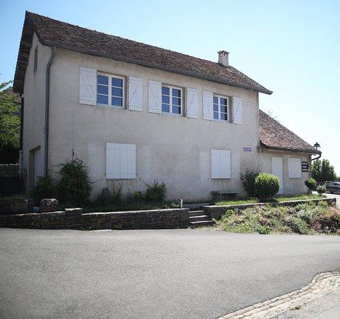 Chateau Chalon, França: La Cave Aux Trésors ( Minéraux - Cadeaux - Bijoux )