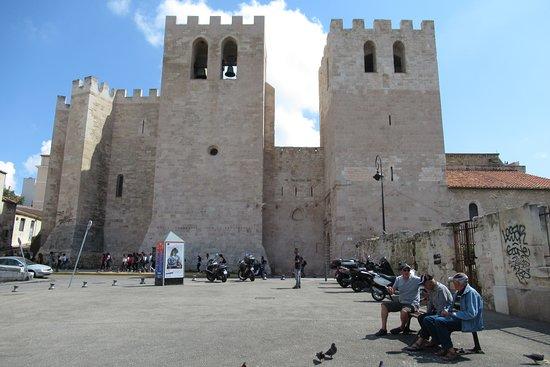 Abbaye Saint Victor: extérieur