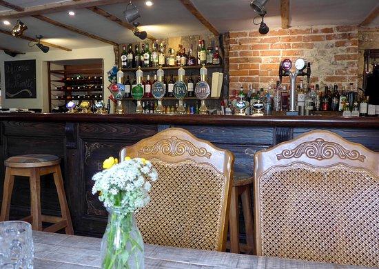 The Thimble Inn: The Thimble Pub