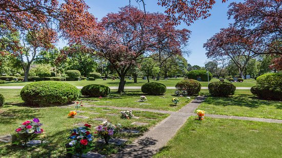 Woodlawn Funeral Home and Memorial Park