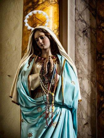 Chiesa della Compagnia dell'Immacolata Concezione: Halo on the Madonna