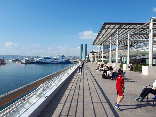 Dsc 0725 picture of les terrasses du port marseille tripadvisor - Les terrasses du port marseille ...