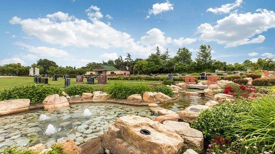 Live Oak Memorial Park