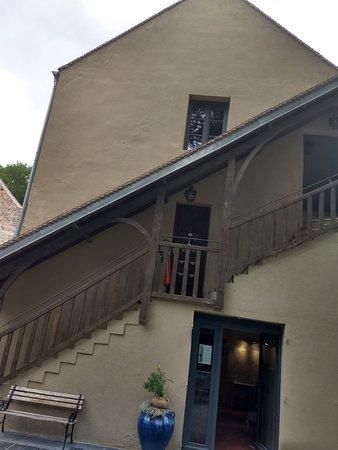 Pontaubert, France : IMG_20180618_174803919_HDR_large.jpg