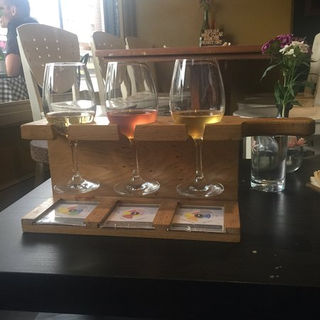 Streatham Wine House: Top venue if you are looking to enjoy a selection of different wines. The venue provides a good