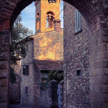 Oliveto, Italy: photo0.jpg