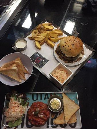 Elite Burger